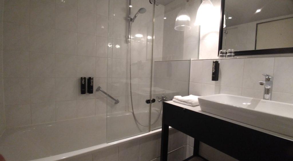 ホテル ベルリン バスルーム