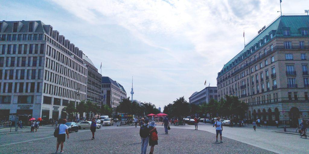 ブランデンブルク門 反対側