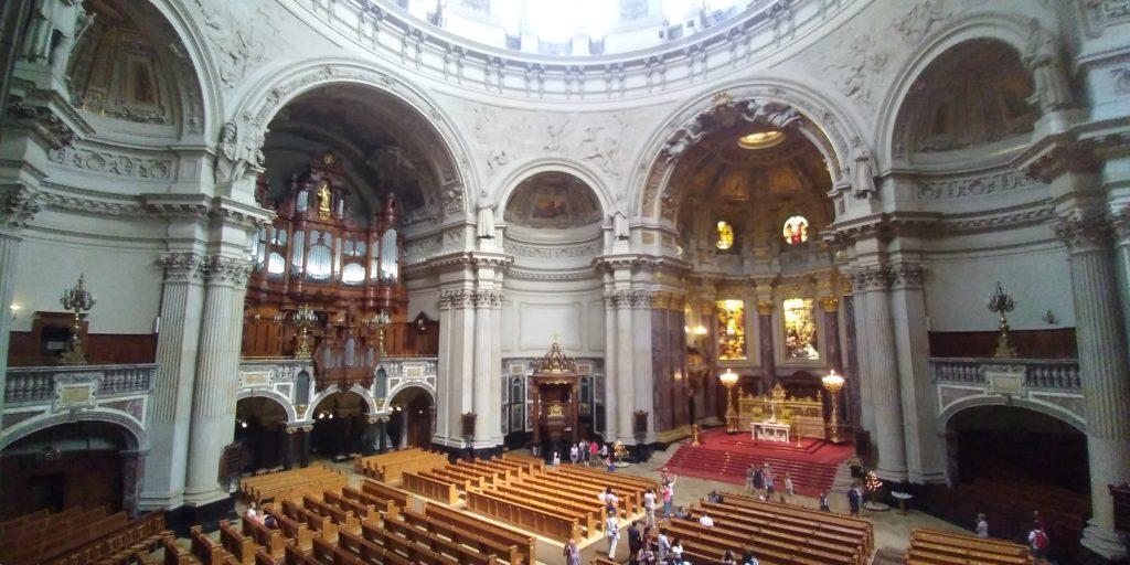 ベルリン大聖堂の中