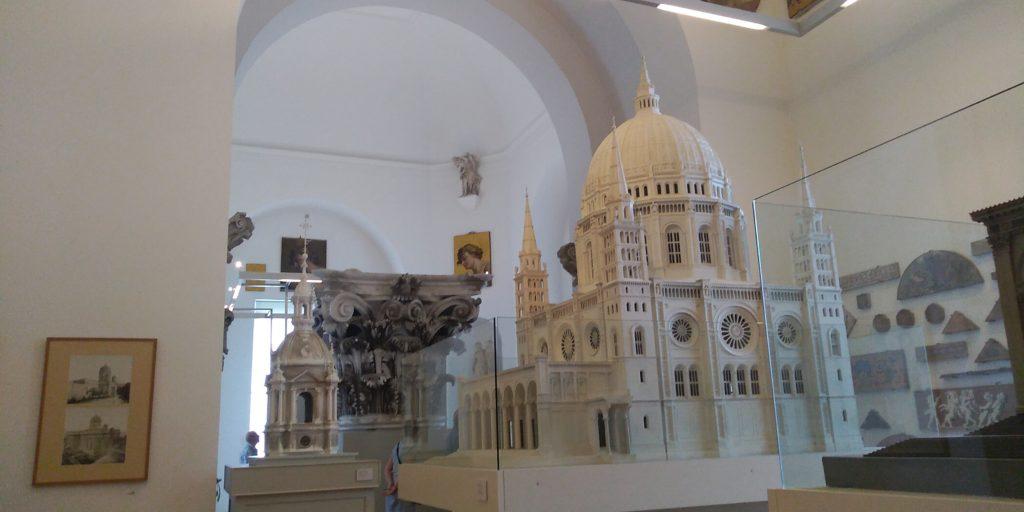 ベルリン大聖堂の中は博物館